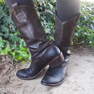 Frye Shoes - Frye leather boots